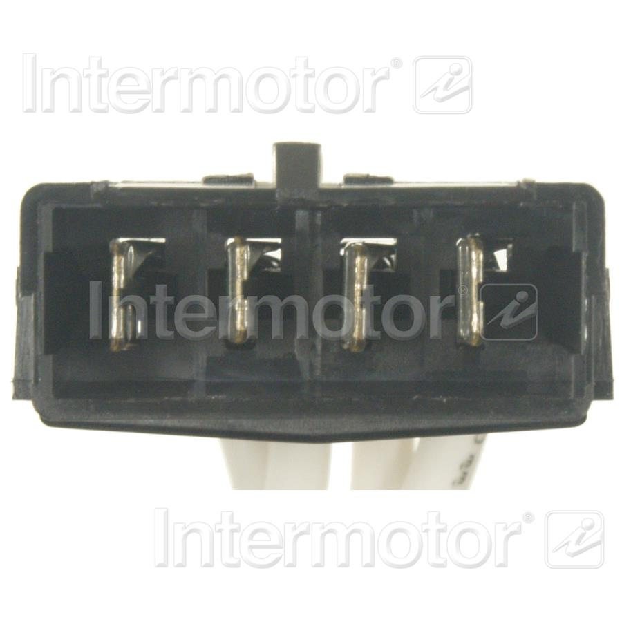 Emergency Vehicle Light Connector